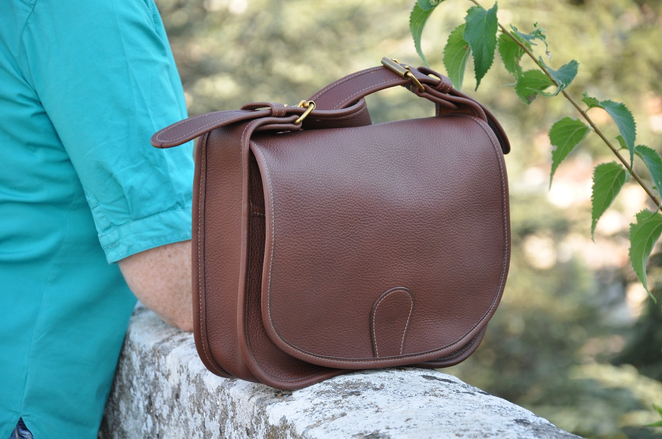 Bag for woman in taurillon leather. Tailor-made by LE NOËN French accessories designer.